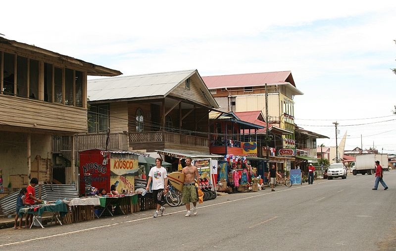 File:Bocas del Toro (town).jpg