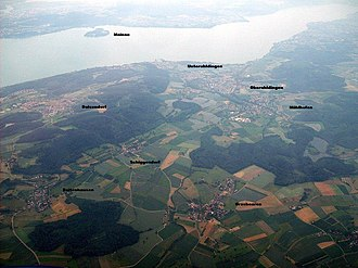 Uhldingen-Mühlhofen - Aerial view from Uhldingen-Mühlhofen with Lake Constance and the island Mainau in the background