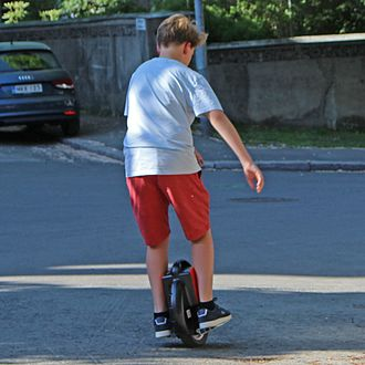 Electric unicycle - Image: Boy riding Solowheel