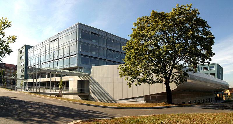 Budova Provozně ekonomické fakulty Mendelovy univerzity v Brně, stavba roku 2005