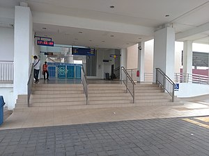 Bukit Mertajam Railway Station entrance.jpg