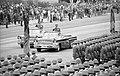 Bundesarchiv Bild 183-1988-1007-010, Berlin, 39. Jahrestag DDR-Gründung, Parade.jpg