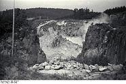 Bundesarchiv Bild 192-018, KZ Mauthausen, Sprengungen im Steinbruch