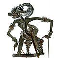 COLLECTIE TROPENMUSEUM Wajangfiguur van karbouwenhuid de apenlegeraanvoerder Hanuman voorstellend TMnr 1772-717.jpg