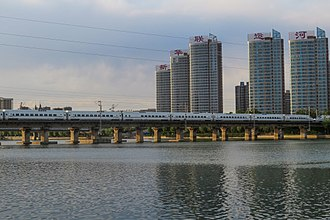 Tongzhou District, Beijing - Beijing–Harbin railway over the Grand Canal in Tongzhou