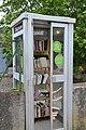 Cabine-bibliothèque, Vira (Ariège).jpg