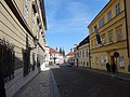 Carrer Loretánská, Praga (març 2013) - panoramio.jpg