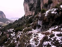 Cascata di lequarci in inverno.JPG