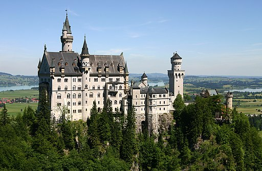 Neuschwanstein Castle By Softeis via Wikimedia Commons