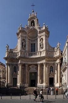 Facciata della Basilica della Collegiata a Catania progettata da Stefano Ittar circa 1768