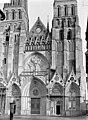 Cathédrale - Façade ouest - Bayeux - Médiathèque de l'architecture et du patrimoine - APMH00032684.jpg