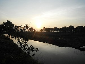 Sena District - Khlong in Chao Chet