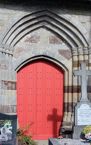 Chapelle Saint-Gobrien de Saint-Servant: porte sud-ouest