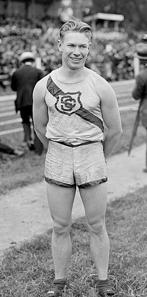 File:Charles Paddock - 1920cr.jpg