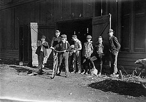 Woodbury, New Jersey - Child workers at Woodbury Bottle Works, November 1909. Photographed by Lewis Hine.