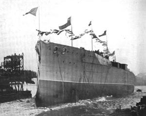 Chilean battleship Almirante Latorre - Image: Chilean battleship Almirante Latorre launch