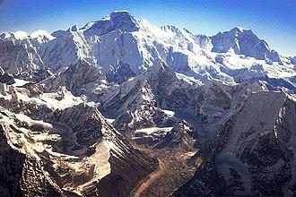 Cho Oyu - Viewing Cho Oyu via mountain flight
