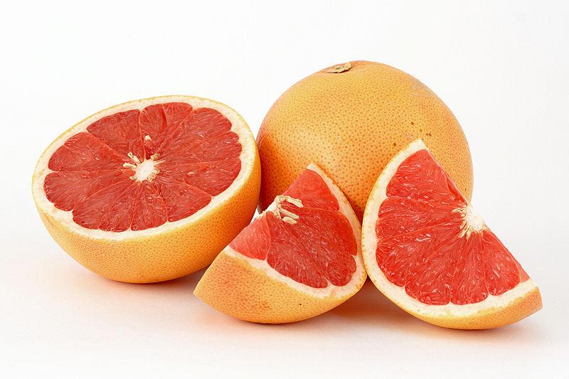 http://upload.wikimedia.org/wikipedia/commons/thumb/a/ae/Citrus_paradisi_(Grapefruit,_pink)-2.jpg/800px-Citrus_paradisi_(Grapefruit,_pink)-2.jpg
