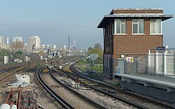 Clapham Junction railway station MMB 30.jpg