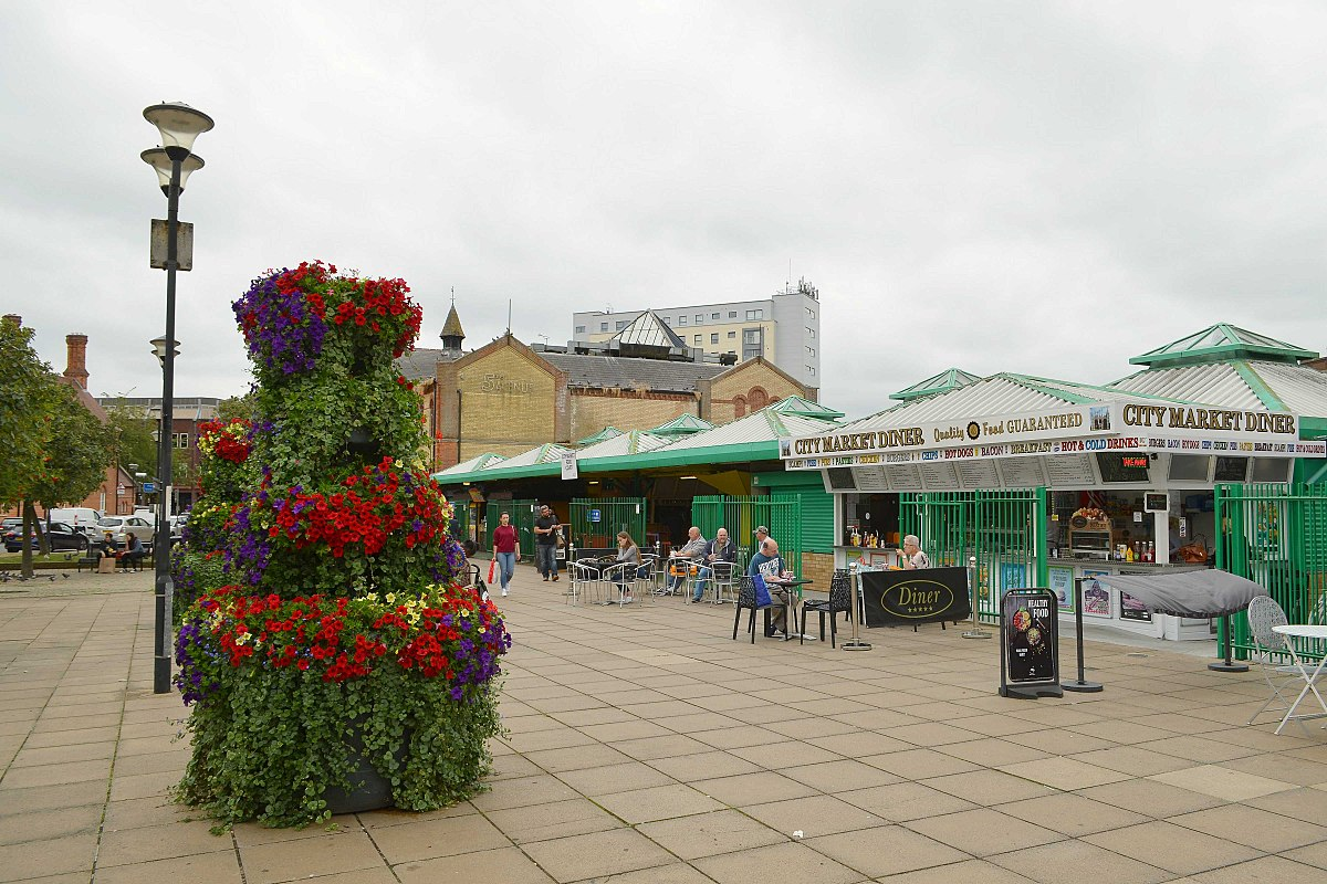 Cmglee Peterborough market.jpg