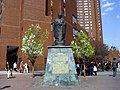 Confucius Statue von Liu Shihs II.JPG