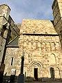 Cormac's Chapel, Rock of Cashel, Caiseal, Éire (32717174578).jpg