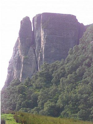 Raasay - The cliffs of Creag na Bruaich, south of Brochel Castle