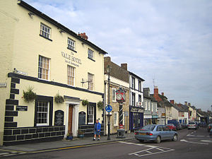 Cricklade - Image: Cricklade, High Street geograph.org.uk 268609