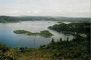 Eilean dà Mhèinn - Eilean dà Mhèinn in Loch Crinan