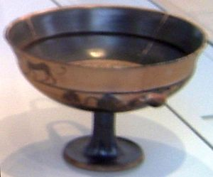 Ergoteles (potter) - Cup by Ergoteles, Berlin: Antikensammlung.