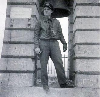 Dimitri Papadimos - Dimitri Papadimos as a War Photographer,Athens 1944