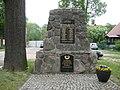 Denkmal 1.und 2.Weltkrieg Lindenbrück - panoramio.jpg