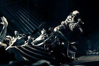 Watkin Tudor Jones - Image: Die Antwoord's Yolandi, ass Venue Nightclub Vancouver, BC