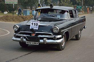 Premier (company) - Dodge - Kingsway - 1956 - 28 hp - 6 cyl - WBE 1362 - Kolkata 2014-01-19 6408