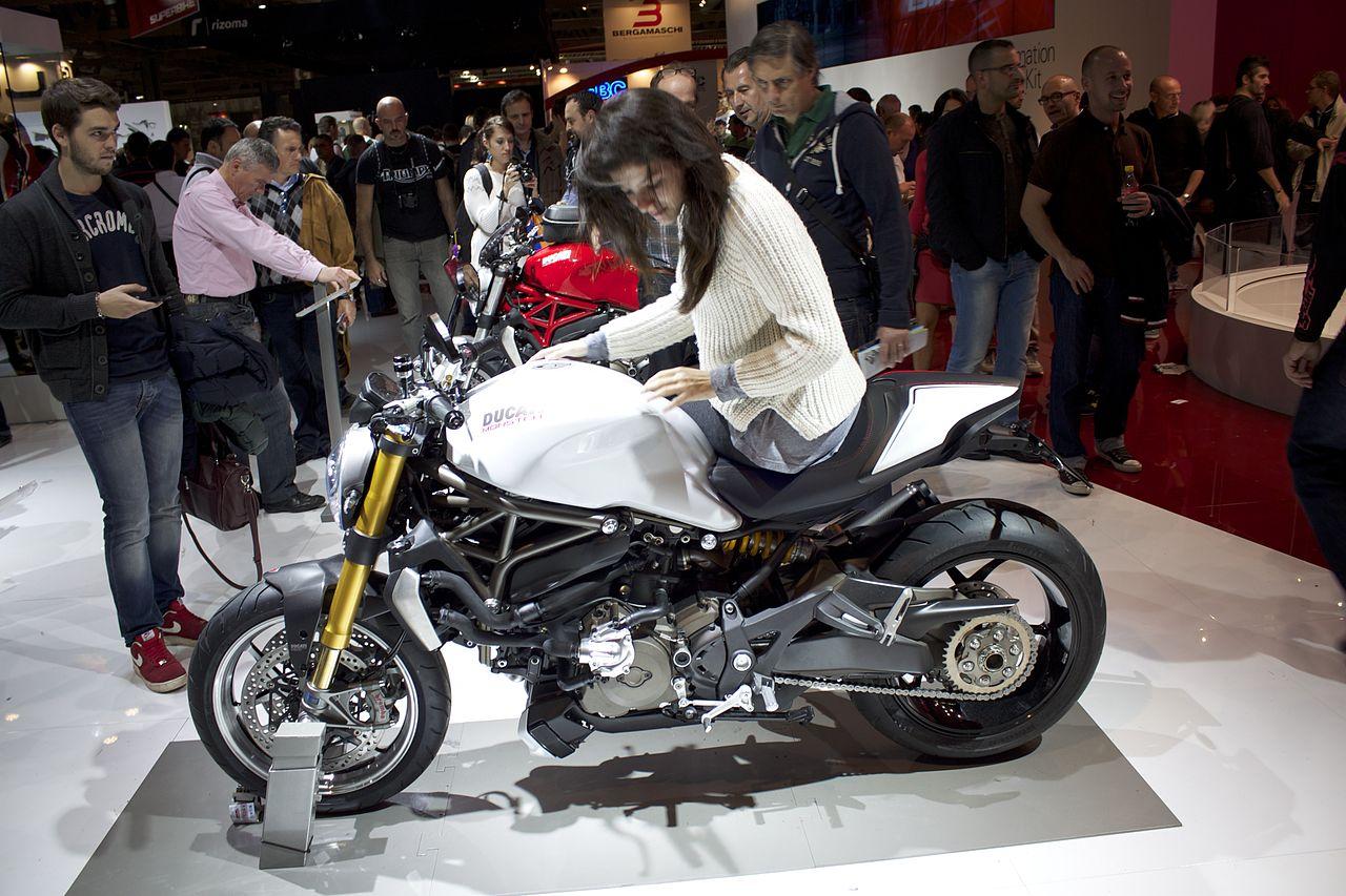 Ducati S Vs Sr