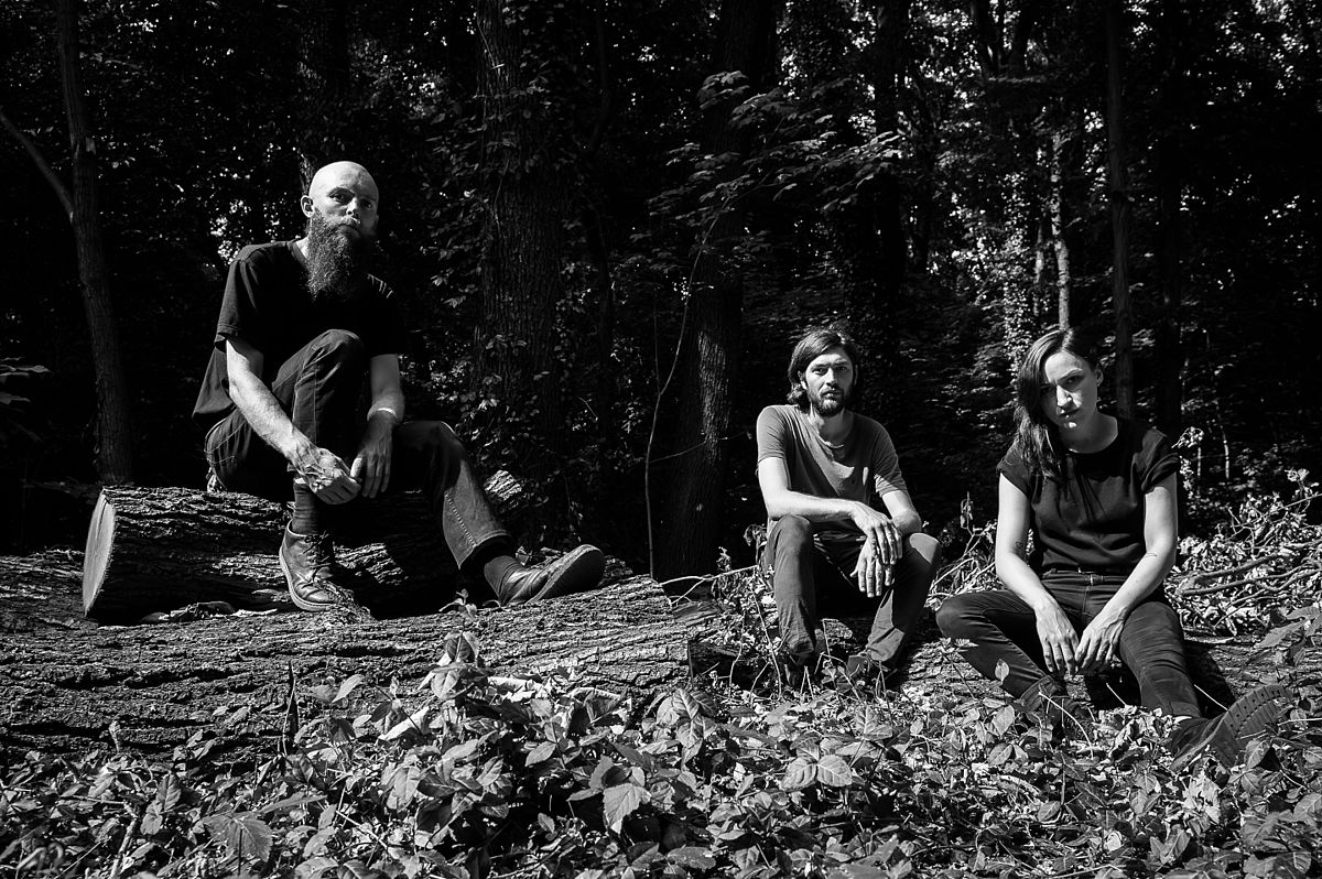Esben and the Witch (band) - Wikipedia