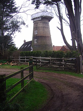 East Runton Windmill - Image: East Runton Tower Windmill 23 Jan 2008 (5)