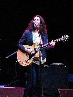 Edie Brickell American singer-songwriter