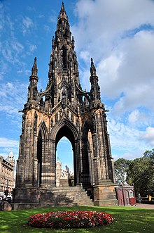 Edinburgh, Scott Monument (37729400005).jpg