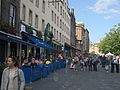 Edinburgh Grassmarket, Fringe 2014 crowd 001.jpg