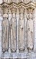 Eglise Saint-Ayoul Provins statues-colonnes.jpg