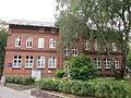 Ehemalige Bramfelder Volksschule am Bramfelder Dorfplatz.jpg