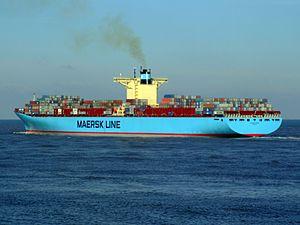 Eleonora Maersk pC 9321500, leaving Port of Rotterdam, Holland 25-Jan-2007.jpg
