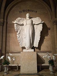 Elizabeth Taylor Grave.JPG
