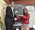 Eneko Goia & Deepa Mehta (Giza Eskubideen Zinemaldiaren Saria - Premio Festival Derechos Humanos) (33879458305).jpg