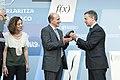 Entrega del Premio Euskadi de Investigación 2012 al matemático Luis Vega 05.jpg