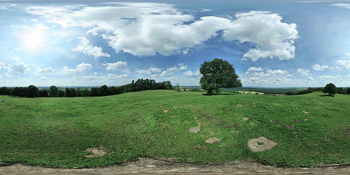 Panorama à 360° pris face au Nord, au-dessus du point géodésique 5418301 d'Essey-la-Côte (Meurthe-et-Moselle).