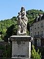 Estaing statue Madone.jpg