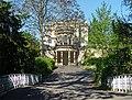 Exedra, Sydney Gardens, Bath (geograph 3829638).jpg