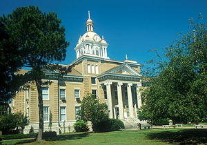 Fayette, Alabama - Fayette County courthouse in Fayette